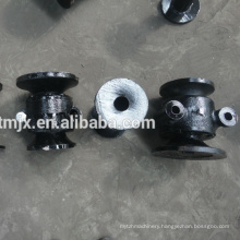 Disc harrow spool and spacer