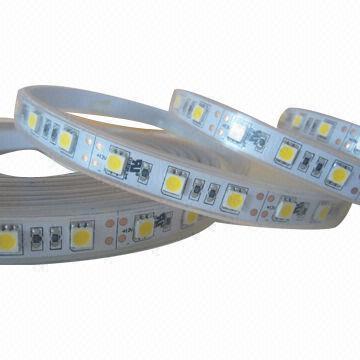 3528 SMD Tira de luz LED 12V DC Blanco cálido 120 LED / Metro IP67 Impermeable Listado por UL