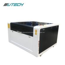 Máquina de corte a laser de alta velocidade