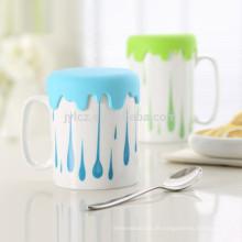 Kaffeetasse mit Silikondeckel