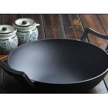 Vente chaude de wok en fonte pré-saison avec deux poignées