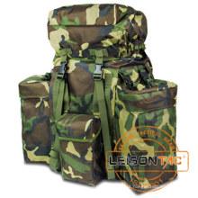 Mochila militar com camuflagem cor