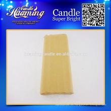 Velas blancas, vela de parafina, paquete de papel artesanal