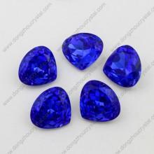 Piedra cristalina al por mayor para los accesorios de la ropa