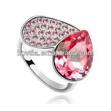 Charm uniques en forme de coeur et des cercles de mariage en rubis