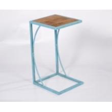 Table de salle à manger en métal décoratif