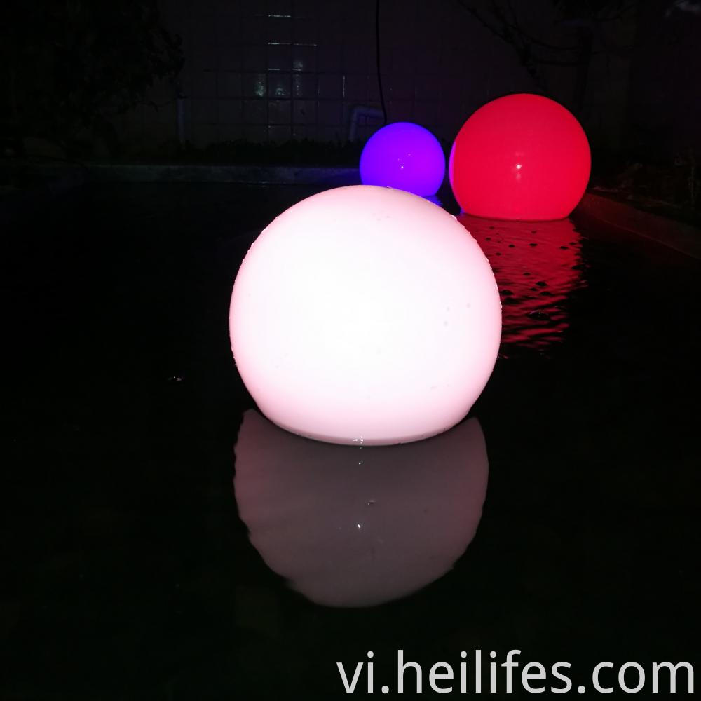 Color changing solar led ball light