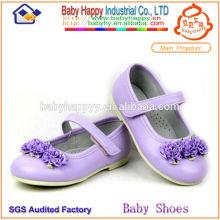 Belle chaussure de chaussure