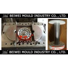 Moule à bobines en plastique injectable pour la production de fil