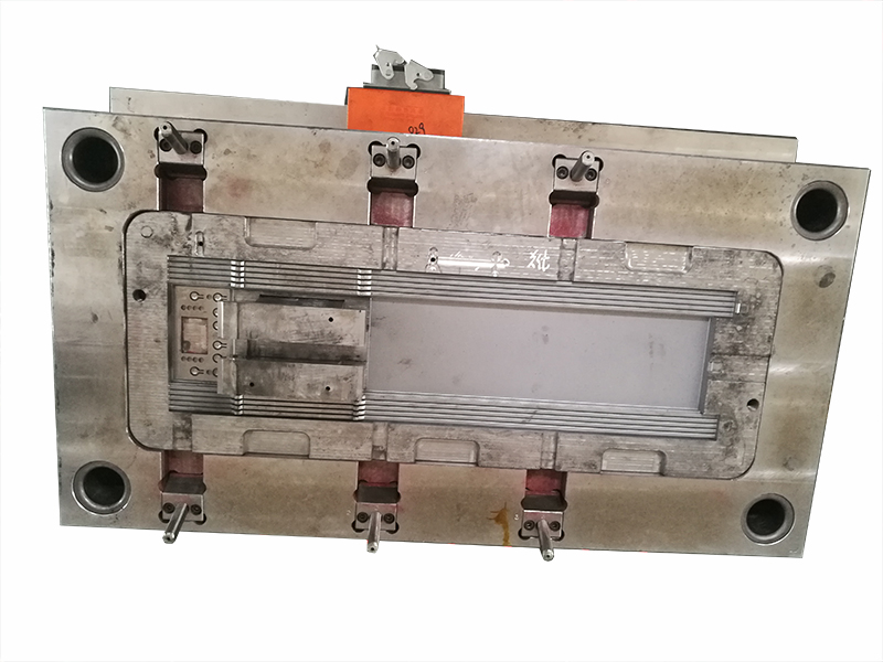 Large plastic injection molds quality