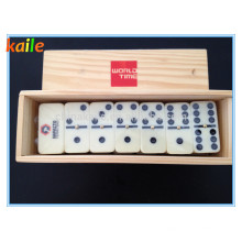 Domino con caja de madera