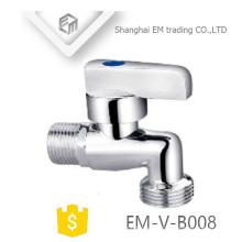 EM-V-B008 Grifo de latón cromado para lavadora