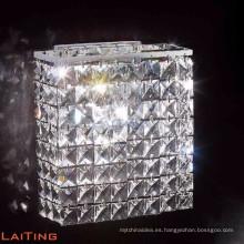 Aplique de pared de latón moderno K9 Aplique de pared cuadrado de cristal 32412