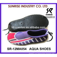 Zapatos cómodos del deporte de agua de la señora zapatos del agua de la aguamarina zapatos del agua zapatos del agua zapatos que practican surf