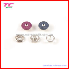 Botão de pressão de metal colorido Prong para vestuário