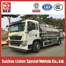 Sinotruk Howo Camion citerne de carburant 210HP