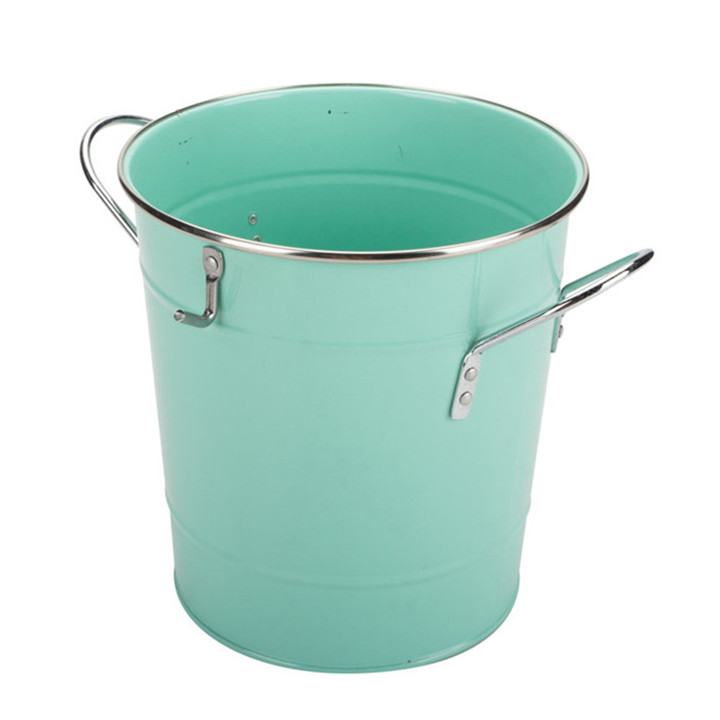 Metal Ice Bucket With Scoop Lid
