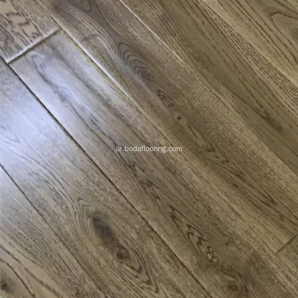 RIGID VINYL PLANK AND TILE