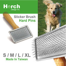 2020 Hot Product Wooden Handle Dog Cat Grooming Equipment made in Taiwan