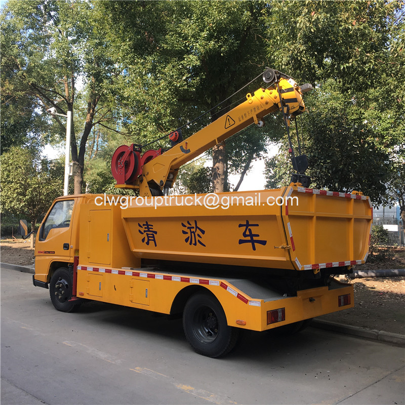 Gully Cleaning Truck5