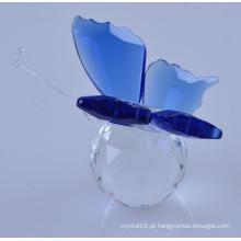 Borboleta de cristal de estatueta animal linda e colorida