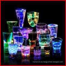 Flash Light Cups LED Bar Night Club Party Bebe muchas tazas de diferentes formas