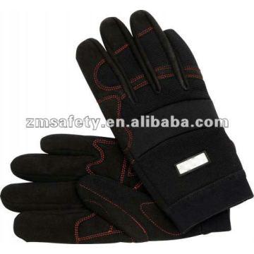 Mechanischer Handschuh für besseren Halt des KnöchelschutzesJRM67