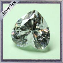 Juego de joyas con forma de corazón tallado corte blanco zirconia cúbico