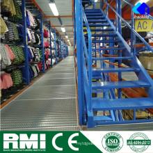 Aumento da capacidade de armazenamento Mezanino e plataforma do armazém com prateleiras ajustáveis