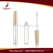 2015 Melhor preço ouro plástico lábio tubo de brilho por atacado