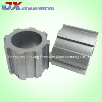 Máquina do CNC do metal e amostras do corte do fio para a peça da engrenagem