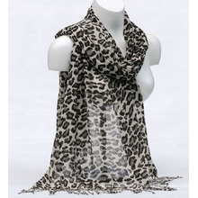 Women′s Bamboo Printing Leopardspring Autumn Summer Woven Beach Cover Shawl Snood Loop Scarf (SW131)