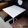 cadeiras e tabelas brancas do restaurante do acrílico para o restaurante