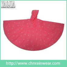 Yj-6133 Langlebige leichte Damen PVC Red Rainponcho Regen Poncho