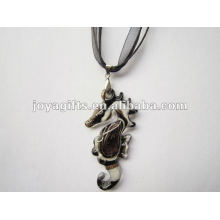 Regalo de año nuevo Lampwork cristal colgante collar Collar de cristal de Lampwork vidrio de muralla cruz colgante con cera de cordón