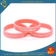 Bracelet en silicone rose en relief promotionnel personnalisé (LN-010)