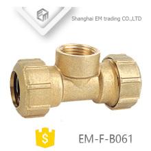 EM-F-B061 Instalación de tubería de latón con 3 vías de latón con dos juntas de compresión y una rosca hembra