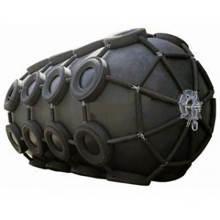 Los ciervos envían el guardabarros neumático de goma de yokohama de la protección con la cadena y el neumático