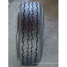 Neumático de tres ruedas para motocicletas de servicio pesado