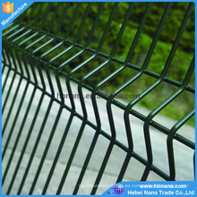El precio más bajo galvanizó el cercado soldado de malla de alambre (fabricante)