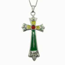 Collier en croix de pierre à gros émaillis
