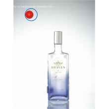 Водку стеклянная бутылка с круглой формой