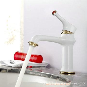 Sanitärkeramik-Einhand-Waschtischmischer