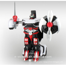 2015 new arrival car 2.4g rc toy 6ch robot transformation car toys with light