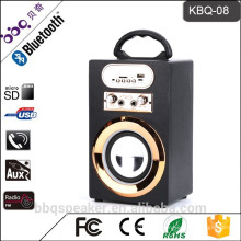 Heiß-Verkauf KBQ-08 10W 1200mAh wiederaufladbare Mini Bluetooth Lautsprecher Tragbarer Karaoke-Lautsprecher mit FM