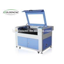 Machine de découpe laser 6040 avec des machines de découpe de gravure de 600 * 400mm pour le coupeur de bois avec caméra CCD