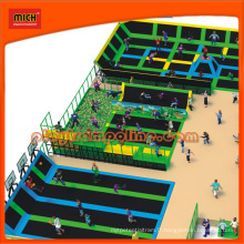 Parc de trampoline de divertissement grand large à vendre
