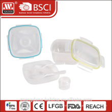 plastic lunch box with compartment