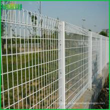 Pvc verde decorativo barato revestido BRC soldó la cerca del acoplamiento de alambre para la venta