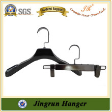 Alibaba OEM/ODM Supplier Quality Plastic Clothes Clips Hanger